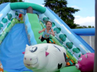 Children play in the bouncy castle - Aubigny campsite