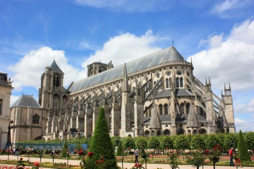 cathedrale de bourges route jacques coeur